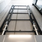 4 columns goods lift up to 5000 kg